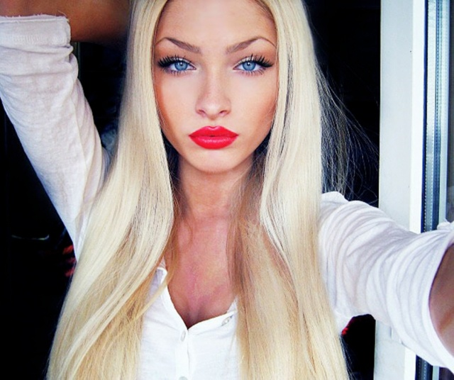comment se faire le look d alena shishkova go t de food. Black Bedroom Furniture Sets. Home Design Ideas
