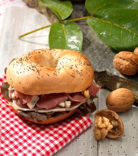 Bagel au jambon auvergnat ©APM_Karine Creuzet