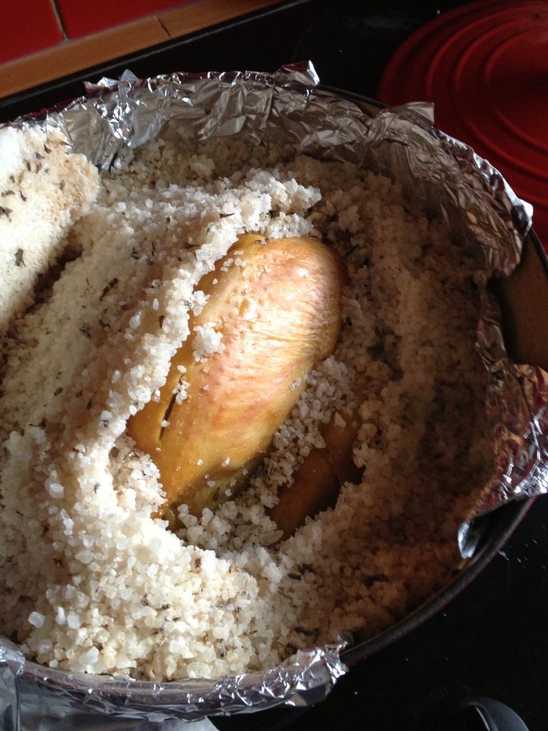 Poulet en croûte de sel à la lavande
