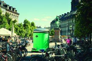 Une poubelle géante dans les rues de Copenhague
