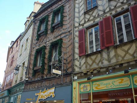 BD Auxerre maison