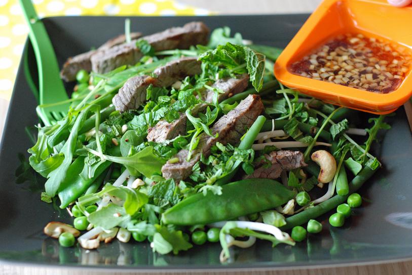 Salade de légumes verts au boeuf, sauce Bobun, Myriam Darmoni