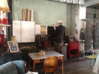 L'atelier de René à la Recyclerie, chaque jour des ateliers de bricolage, couture ou cinéma !