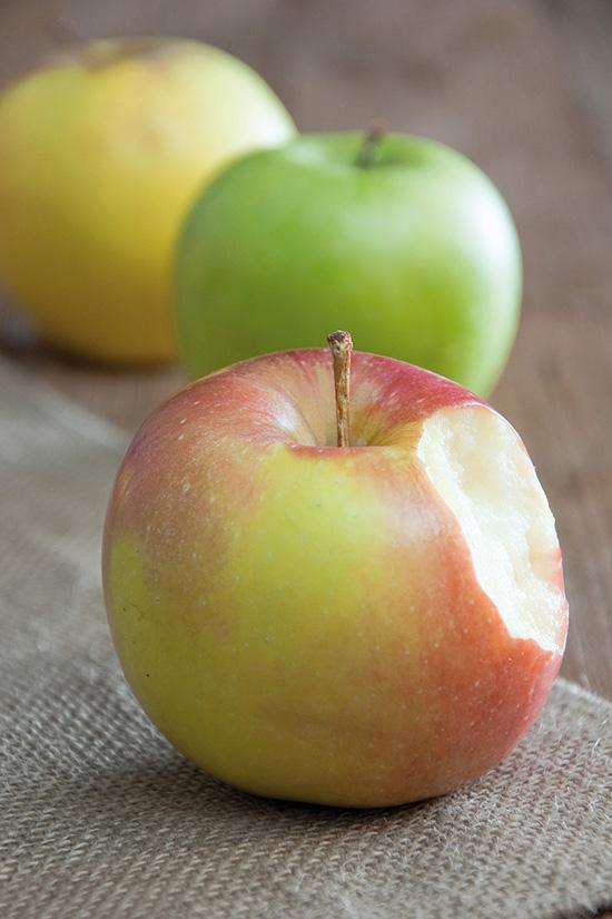 m756-bd-compo_trois_pommes