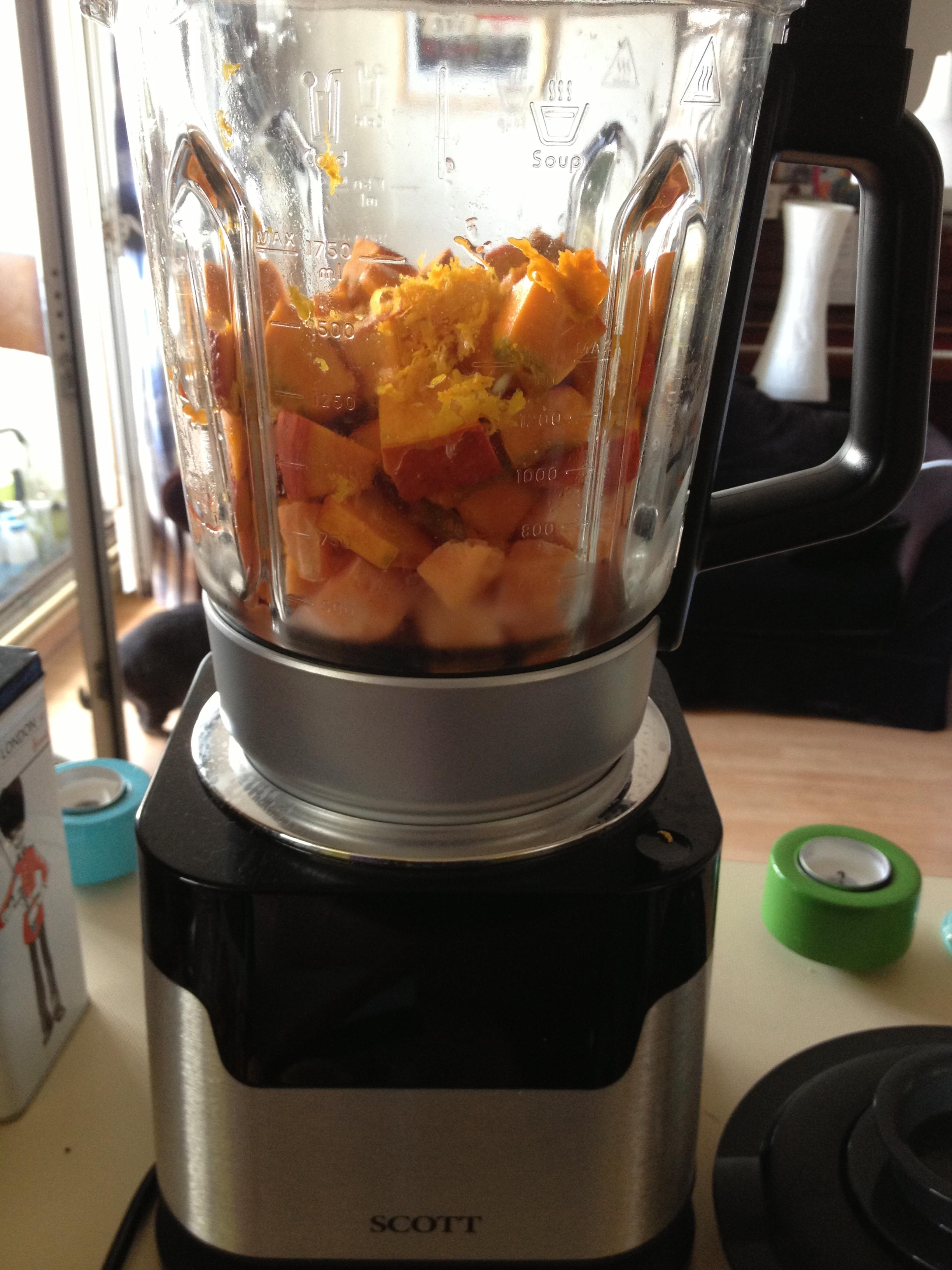 soupe de potimarron patate douce au lait de coco et aux pices avec un zeste d orange go t. Black Bedroom Furniture Sets. Home Design Ideas