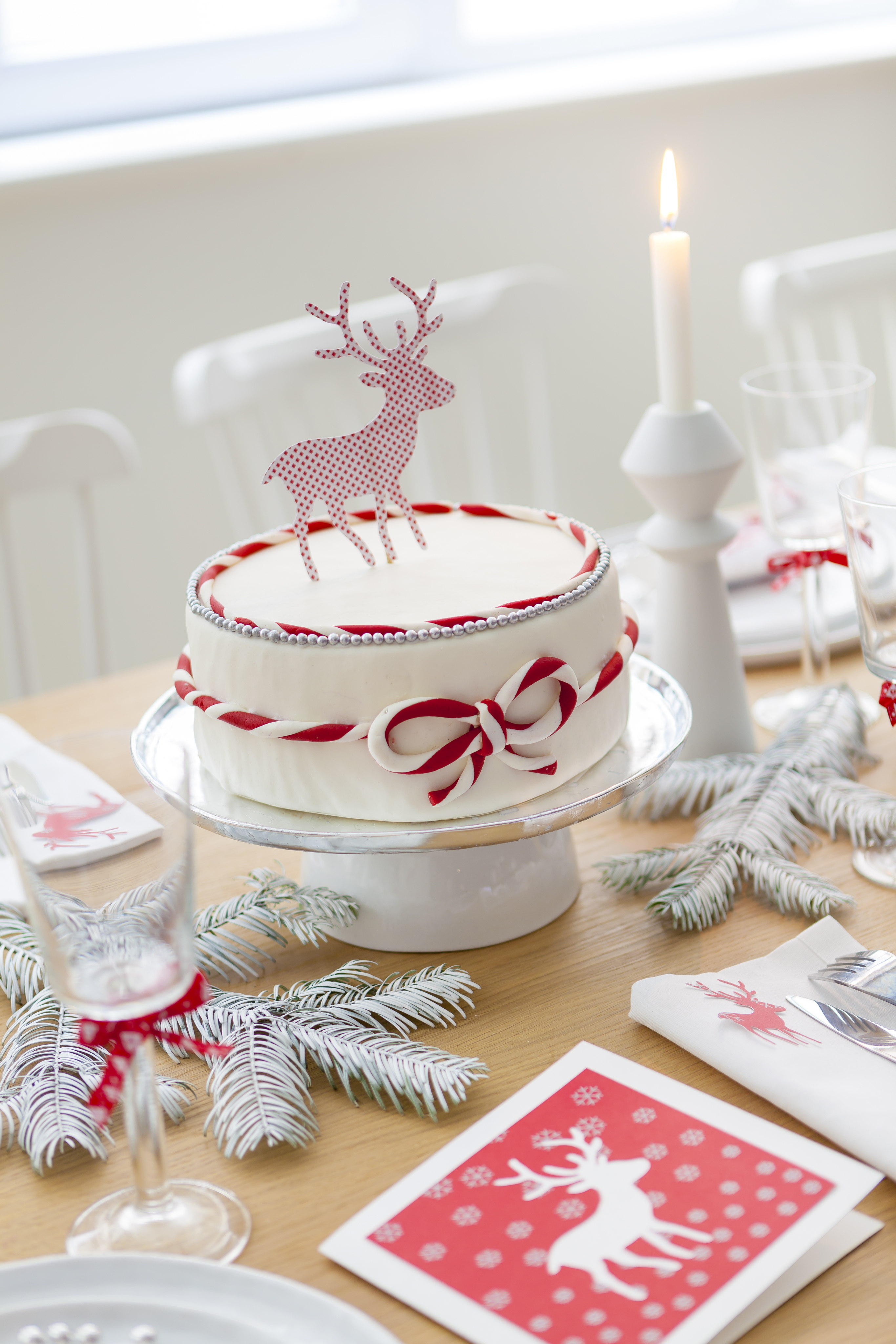 Diy g teau de no l en rouge et blanc go t de food for Decoration gateau noel