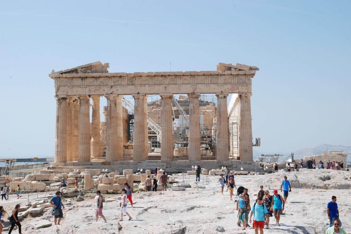 Venir Hors saison pour profiter au mieux de la Capitale grecque.