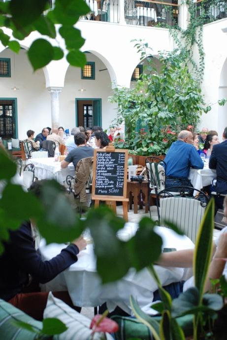 La salle du restaurant Fondouk el Attarine
